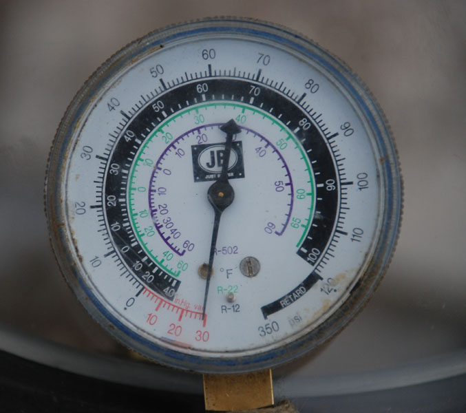 Vacuum gauge at -29.9